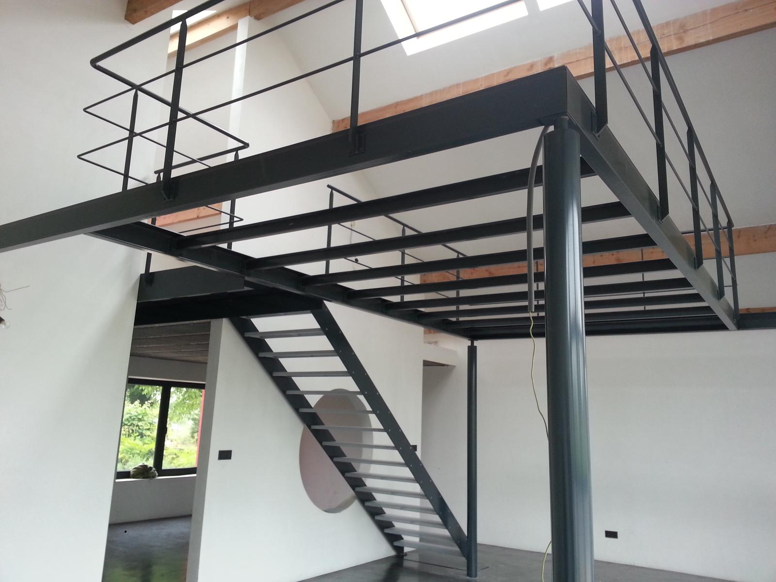 Construction m tallique erquelinnes mh concept ferronnerie for Structure metallique architecture